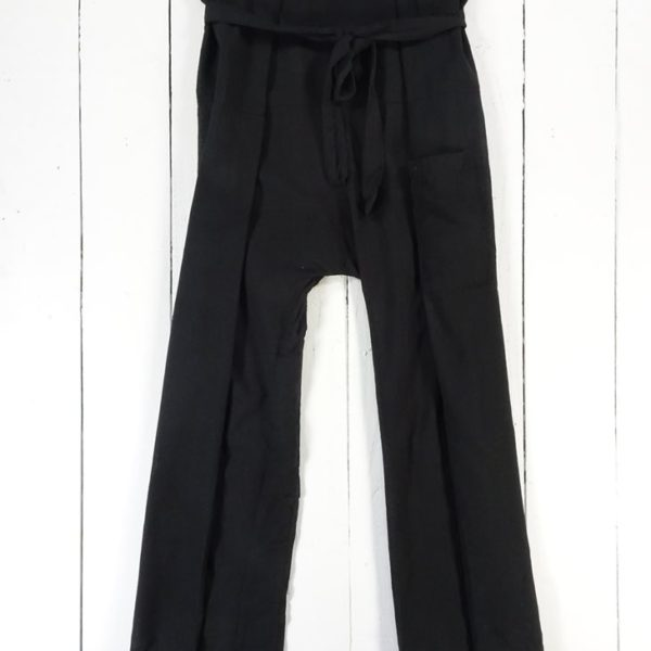 black-fisherman-trousers-in-bag_6383-zoom1
