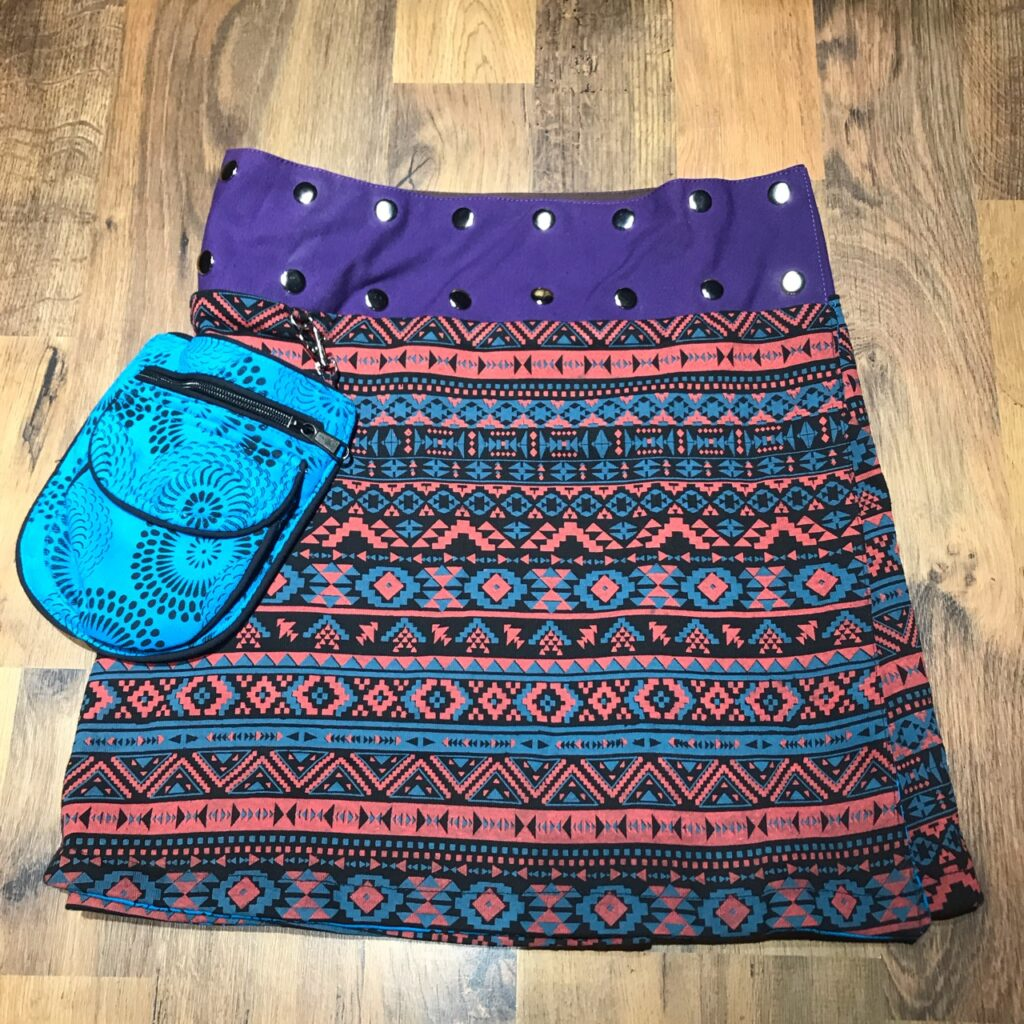 Assorted Reversible Short Popper Skirt with Pocket Bag