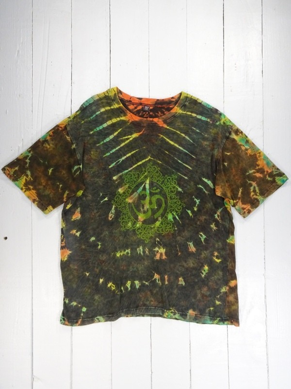 Green Tie Dye Tee Shirt With OHM Screen Print Detail